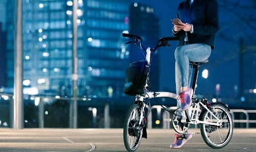 brompton-electric-bike_urbancycling_4.jpeg