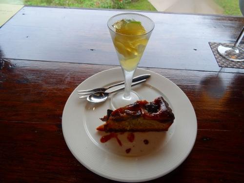 デザートのケーキとゼリーDSC04933