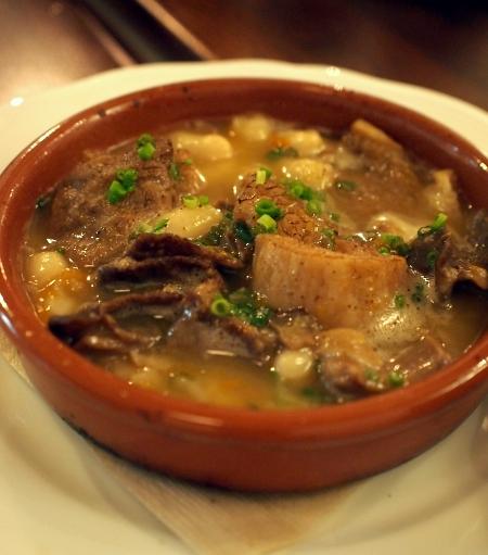 オドラント トリッパと豆の煮込み