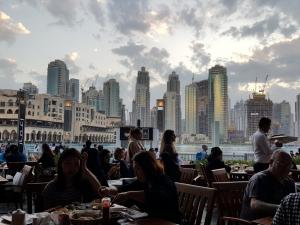 Dubai12175