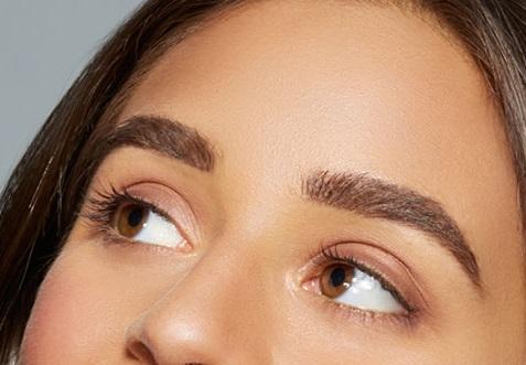 maybelline-brow-precise-fiber-mascara-model-16x9.jpg