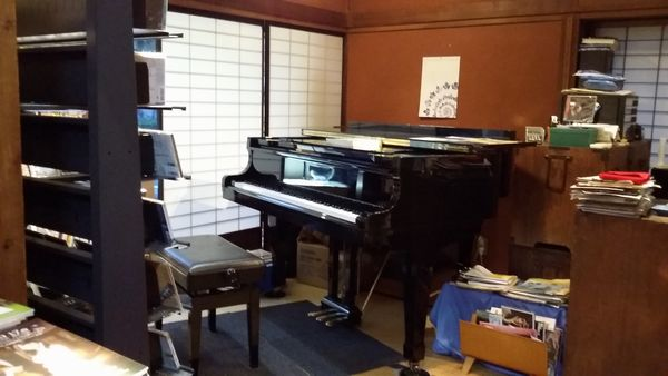 コンチェルトさんのグランドピアノ
