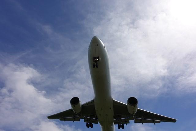 4 大阪国際空港 飛行機 (7)