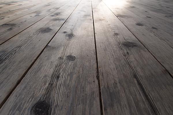 戸田白山神社拝殿の板張り