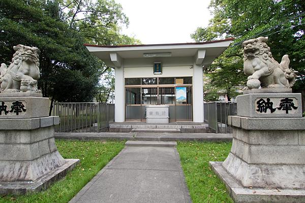 宝田神社拝殿