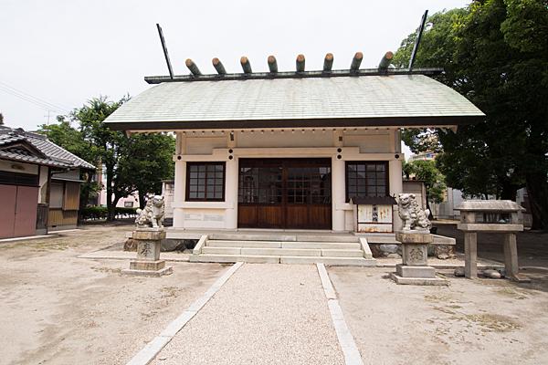 万町神明社拝殿