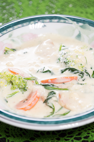 ほうれん草とホワイトスープ風