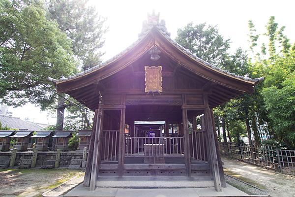 八幡社春日社合殿拝殿