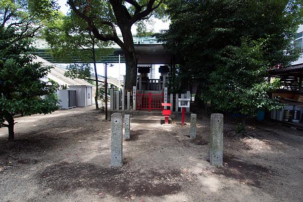 高須賀八劔社境内社
