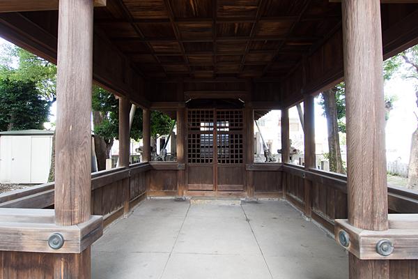 八田神明社拝殿内