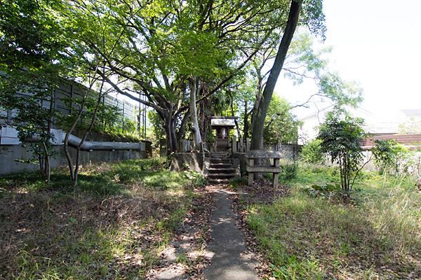 岩塚神明社全景