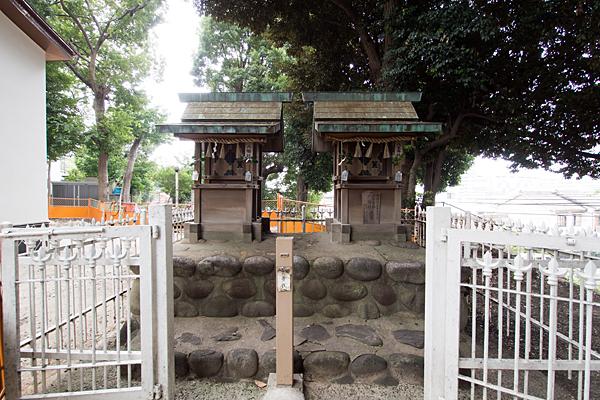 熊野三社八幡社と八王子社