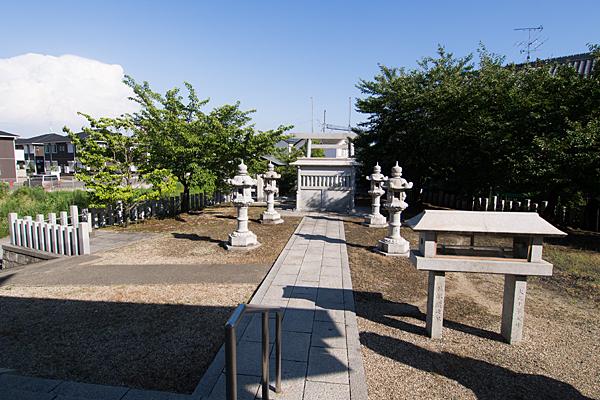 江松神明社境内の風景