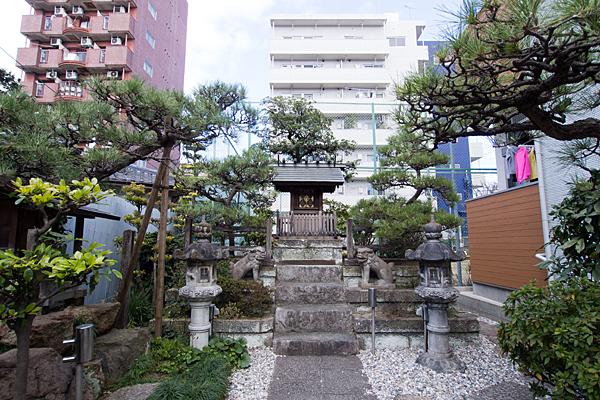 尾頭橋神社全景