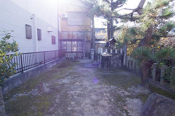 二女子町秋葉神社境内の風景