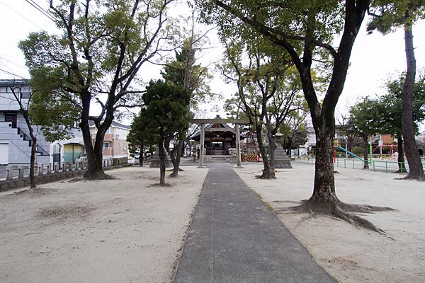 昭明町神明社参道