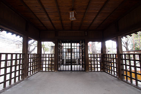 昭明町神明社拝殿内