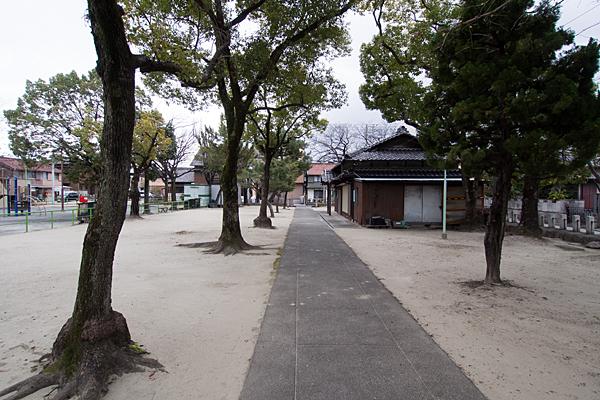 昭明町神明社境内の風景