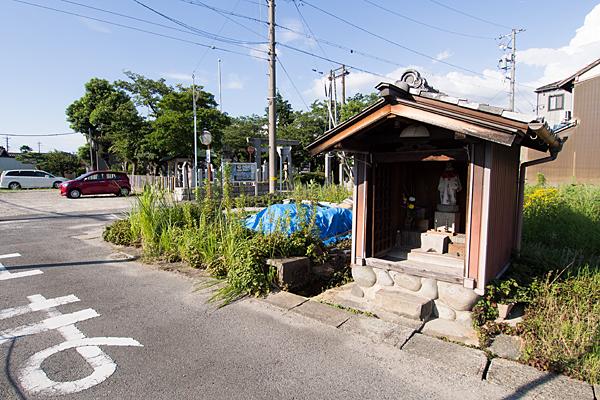 榎津三輪社神社外のお堂