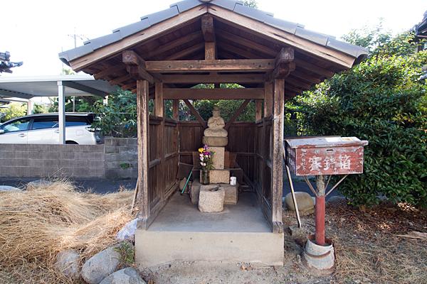供米田神明社石仏