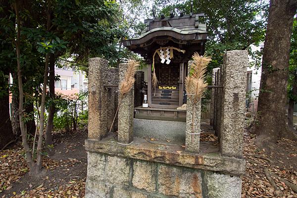 波限神社境内社