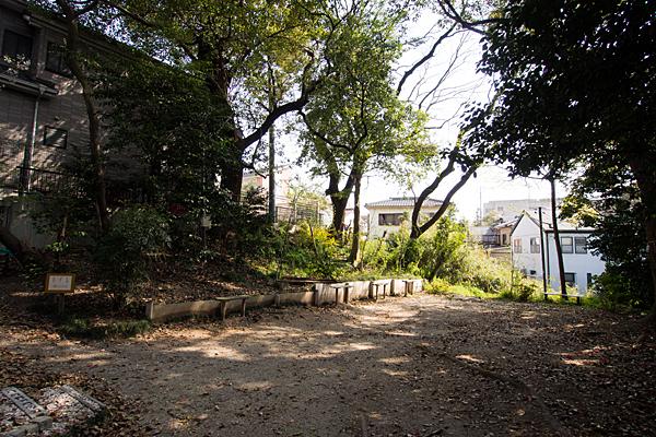 田中神明社境内の風景