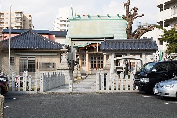 新栄八王子社入り口