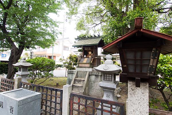 五反城神社境内の様子