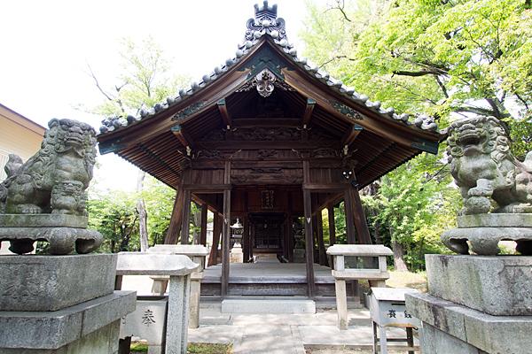 伏屋七所社拝殿
