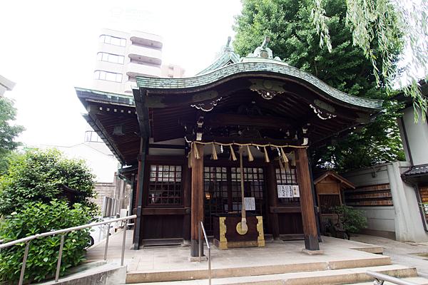 白龍神社拝殿
