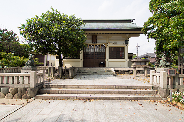 日吉神社拝殿