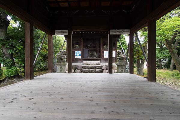 万場天神社拝殿内部