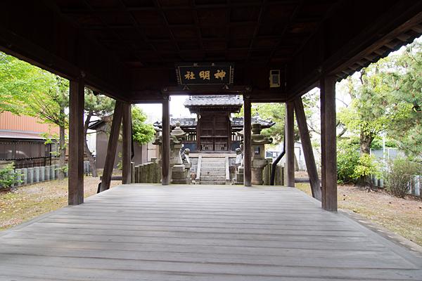 春田神明社拝殿