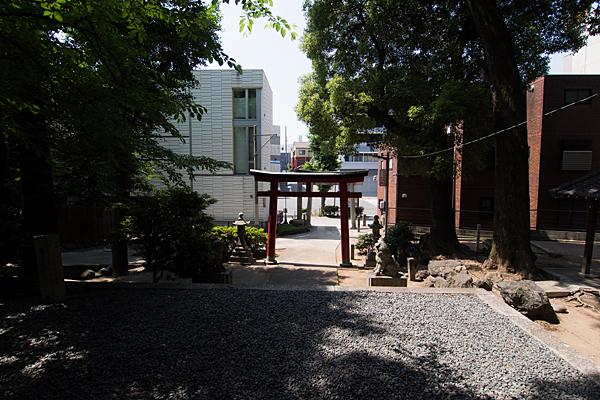 大須白山神社境内