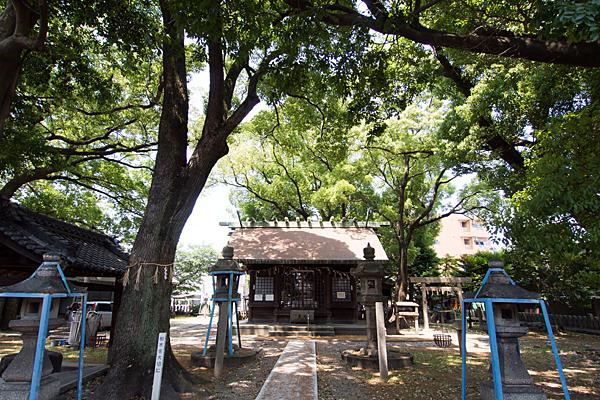 露橋神明社拝殿