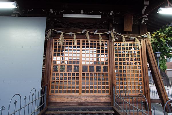 長戸井町金山神社拝殿