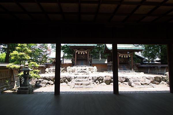 牛立八幡社本殿