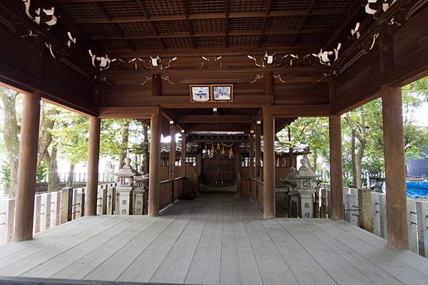 二女子熊野社拝殿内