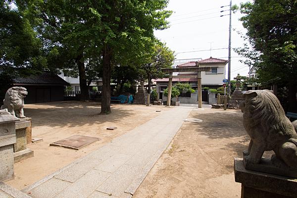 中山神明社境内の風景