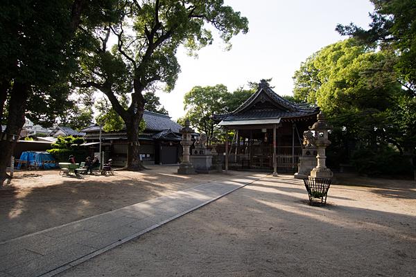 東八幡社境内の風景