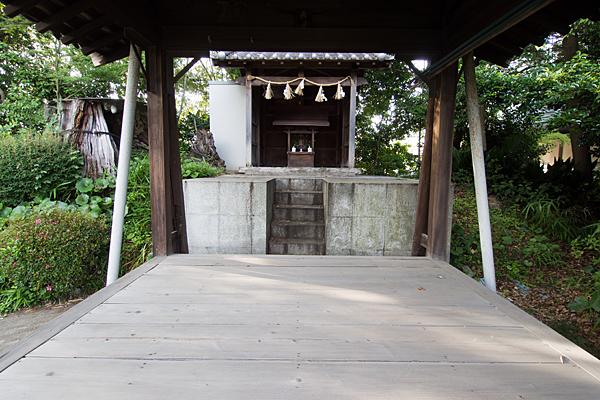 北条八幡社拝殿