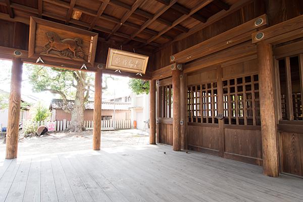 戸田神明社拝殿内