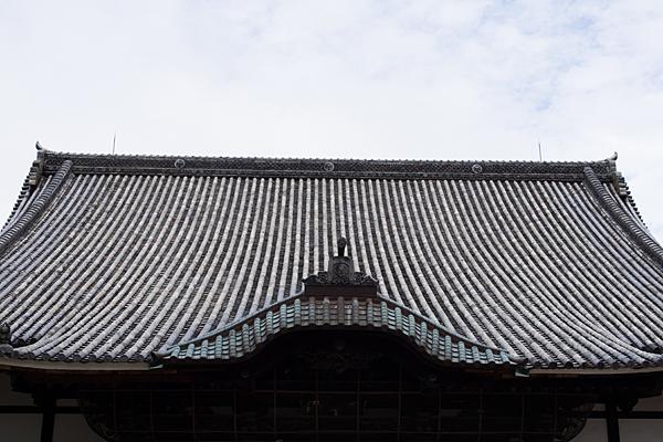 建中寺の屋根