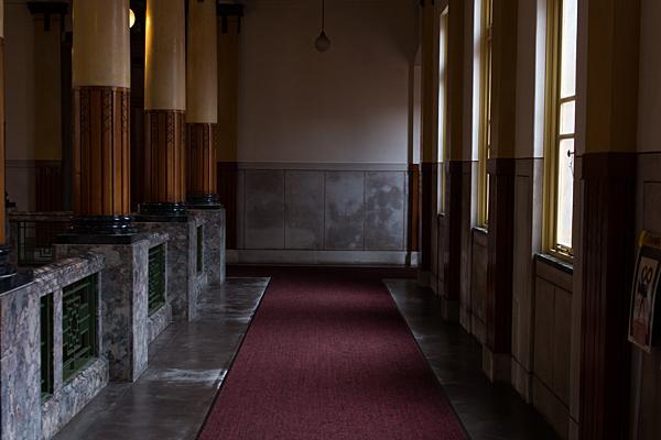 名古屋市市政資料館の廊下