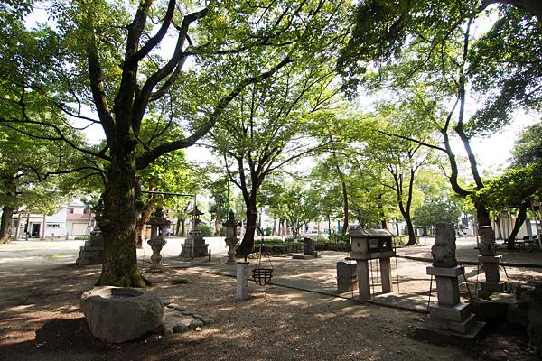 日之宮神社神社と公園