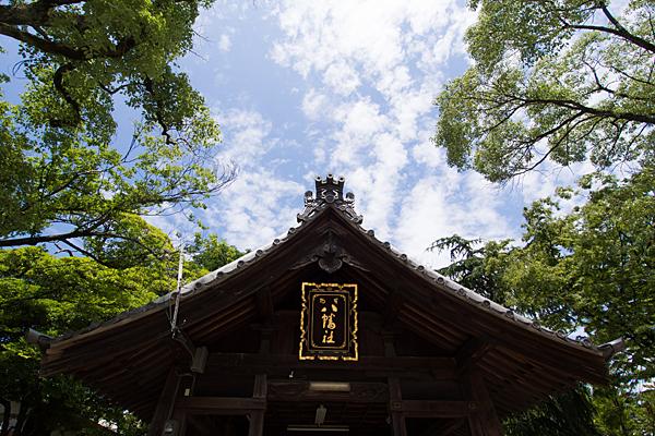 烏森八幡社拝殿屋根