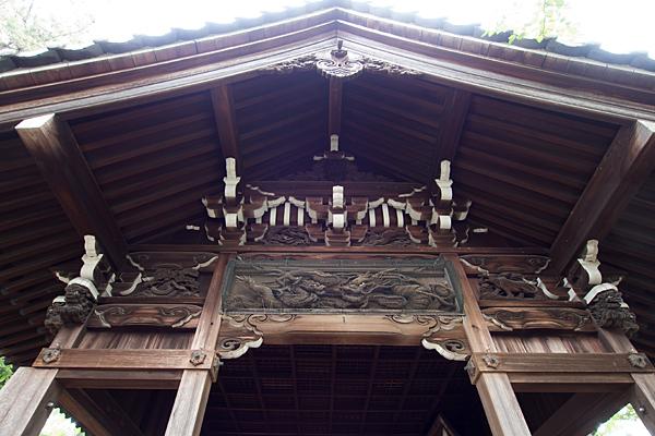 野田三狐神社拝殿彫り物