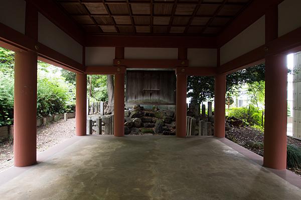 中須齊宮社拝殿内
