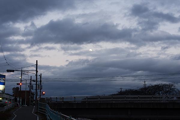 香流川と満月