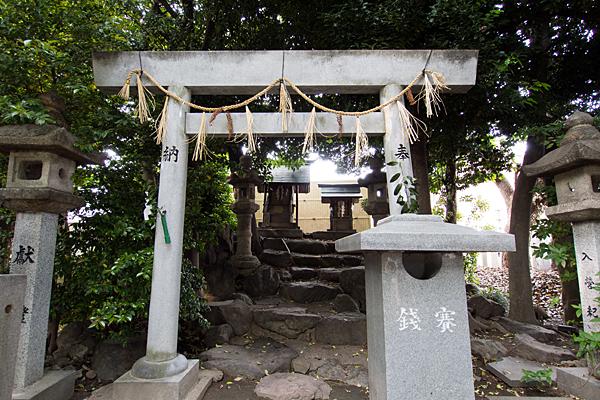 明神社境内社